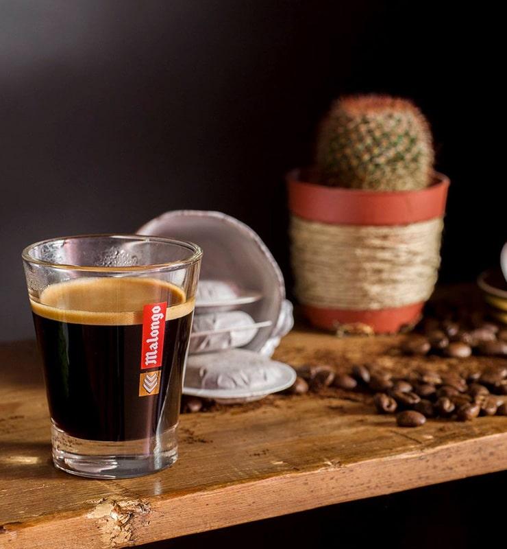 Blog Cafe 3 Espresso im Glas mit Kakus